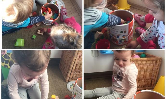 Zečići - igra u centru građenja, manipuliranje drvenim kockicama, poticanje koordinacije, koncentracije i strpljivosti