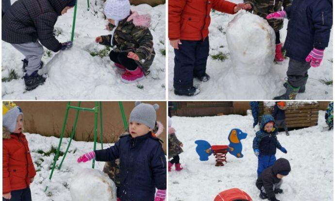 Leptirići - boravak na zraku, snježne radosti, izrada snjegovića, razvoj suradnje
