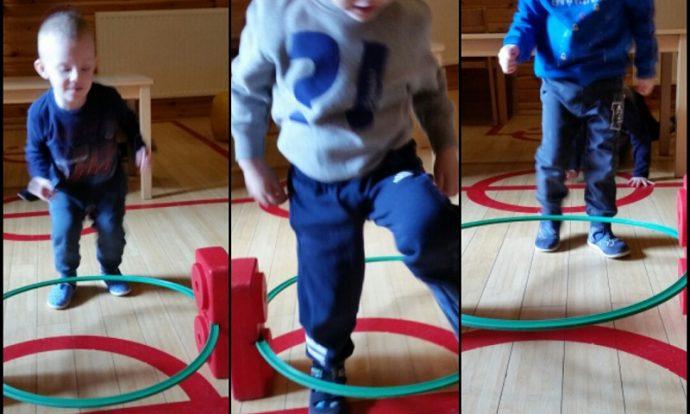 Leptirići - provođenje jutarnje tjelovježbe u dvorani, poligon s više elemenata, razvoj ravnoteže, koordinacije