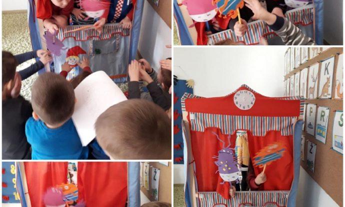 Leptirići - dramatizacija slikovnica o Mrljeku i Prljeku, razvoj suradničkog učenja i kreativnog mišljenja, poticanje djece na pričanje i prepričavanje
